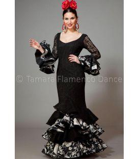trajes de flamenca 2016 mujer - Aires de Feria - Feria negro estampado blanco