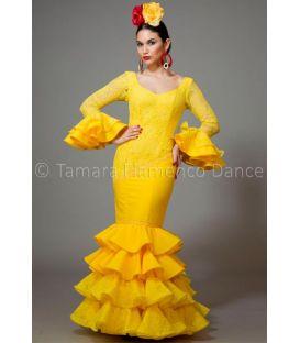 trajes de flamenca 2016 mujer - Aires de Feria - Luna encaje amarillo