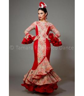 trajes de flamenca 2016 mujer - Aires de Feria - Pasarela rojo estampado